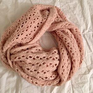 A&F scarf